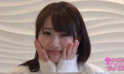 【オリジナル】アイドル級のカワイイ娘が顔出し&自撮りでオナニー配信